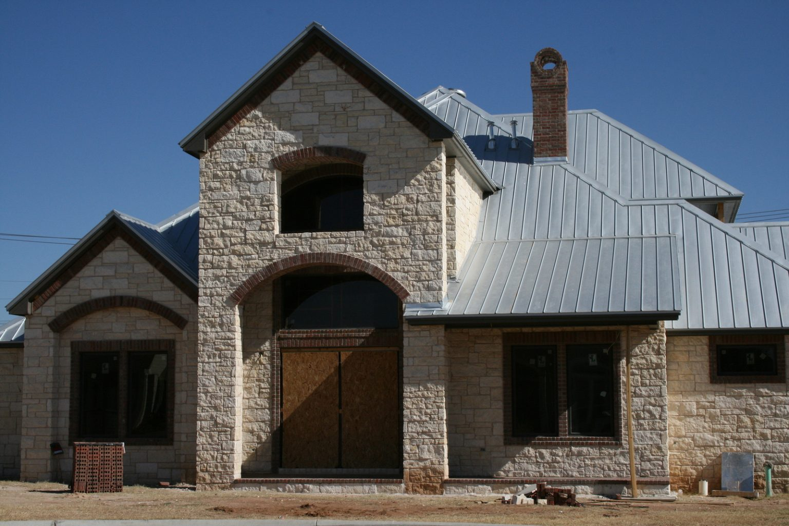 Need a New Roof? Consider the Benefits of Metal Roofing