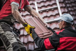 How to Hire The Right Roofing Contractor For The Job